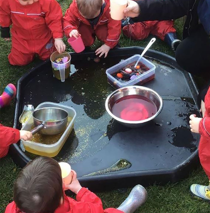 messy play lauriston nursery